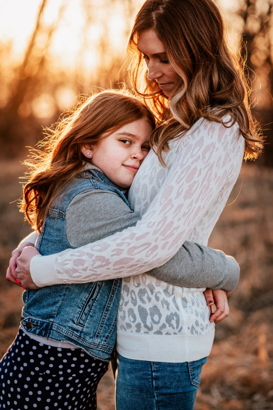 fox valley photographer, mother daughter sunset session by daphodil photo
