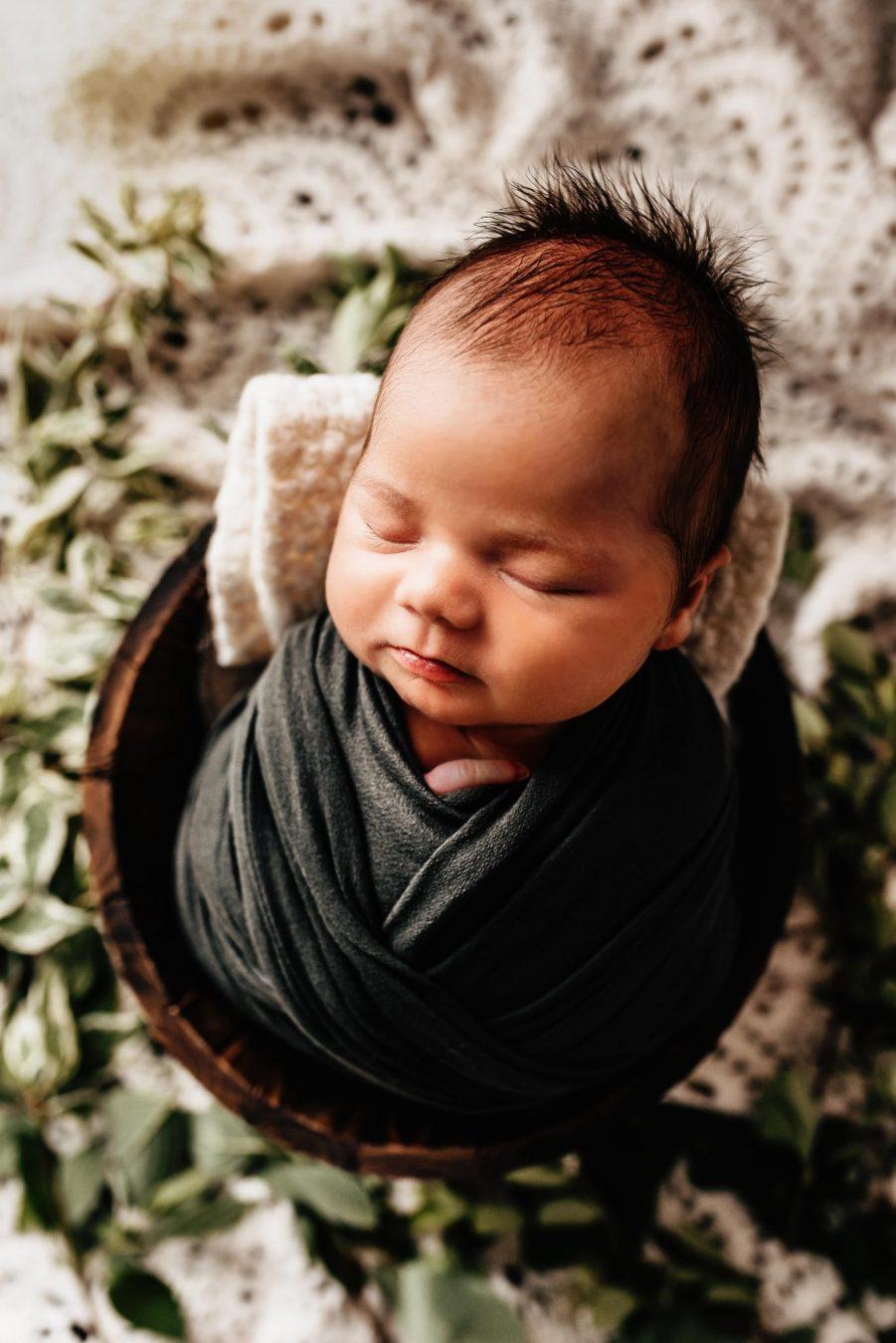newborn photographer appleton wi